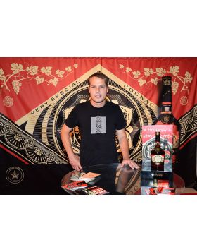 Cognac Hennessy of Shepard Fairey #Obey